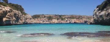 Hotels near Calo des Moro Beach