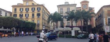 Hótel nærri kennileitinu Piazza Tasso