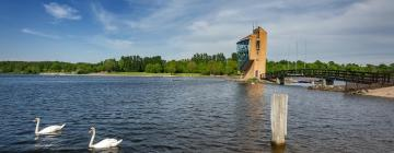 Hotels near Strathclyde Country Park