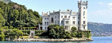 Hotels near Miramare Castle