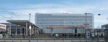 Hotels near Uniklinik Frankfurt