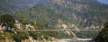 Hotels near Laxman Jhula