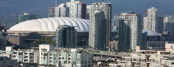 Hotels near Rogers Arena