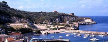 Hotell nära Marina di Puolo