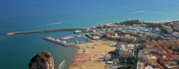 Hotels near Terracina Harbour
