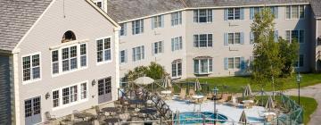 Hotels near Jiminy Peak Mountain Resort
