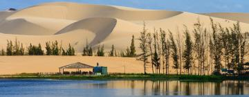 Hotels near Red and White Sand Dunes