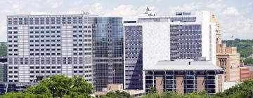 Viesnīcas netālu no apskates objekta medicīnas centrs Mayo Clinic Rochester