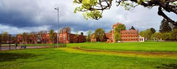 Hotels near Oregon State University Portland