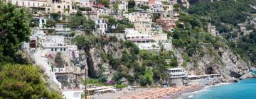Hotell nära Spiaggia del Fornillo