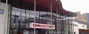 Hotels near MartiniPlaza