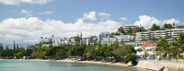 Hotels near Baie des Citrons
