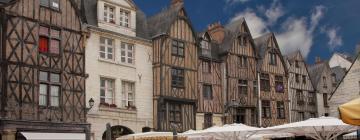 Hotels near Place Plumereau