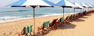 Hotels near La Audiencia Beach