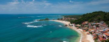 Hotels near Second Beach