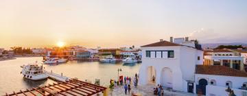 Пристань для яхт Лимассола: отели поблизости