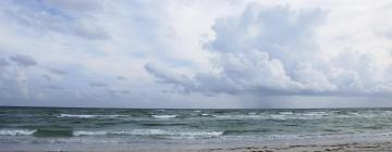 Hotels near Lido Beach