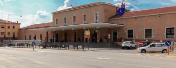 Hotels near Mantua Train Station