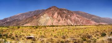 Hoteles cerca de Cerro de los Siete Colores