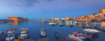 Hotels near Heraklio Port
