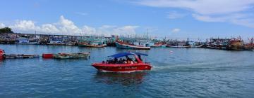 Hotels near Ban Phe Pier