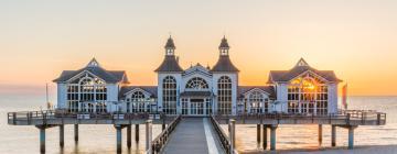 Hotels near Sellin pier