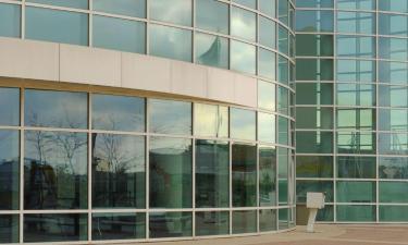 Hotels near Resch Center