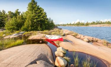 Hotels near French River Provincial Park