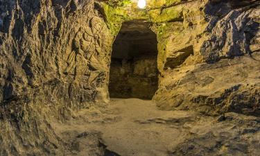 Ξενοδοχεία κοντά σε Σπήλαιο Λαιμός του Διαβόλου
