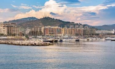 Porto di Salerno: hotel
