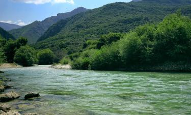 Hotels near Acherontas River
