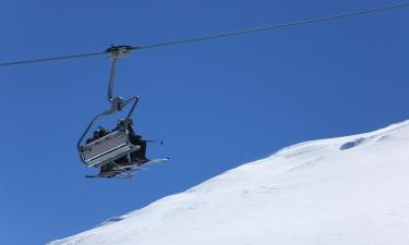 Hotels near Morel Ski Lift
