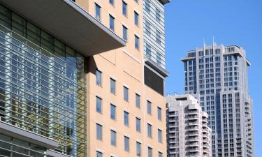 Hotels near Toronto General Hospital