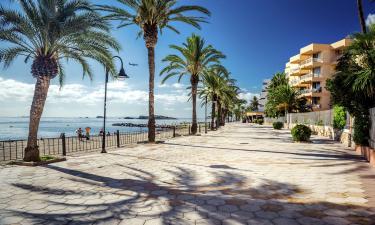 Hotels near Figueretas Beach