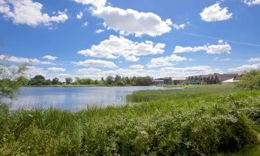 Hotels near Cotswold Water Park
