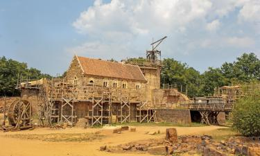 Hotels near Guedelon Medieval Site