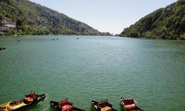 Hotels near Naini Lake