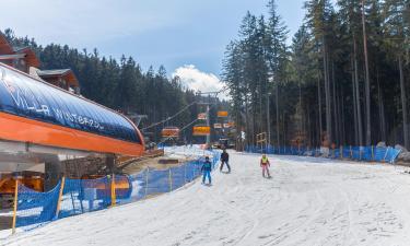 Hotele w pobliżu miejsca Wyciąg narciarski Biały Jar