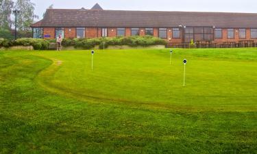 Hotels near Crondon Park Golf & Country Club