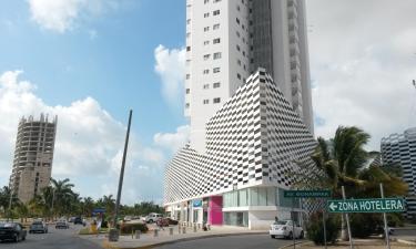 Hotels near Plaza Las Americas