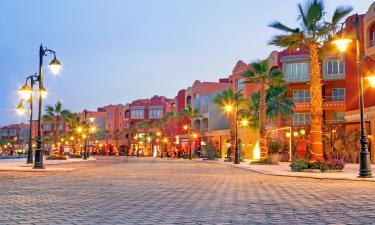 Площадь Саккала в центре Хургады: отели поблизости