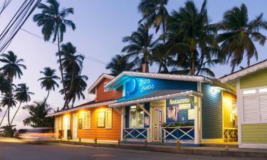 Hotels near Pueblo de los Pescadores
