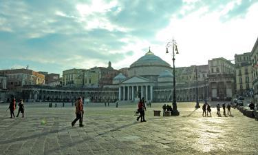 平民表決廣場(Piazza Plebiscito)附近的飯店