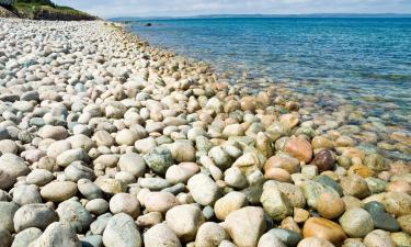 Hotels near Reis Magos Beach