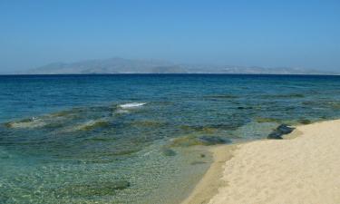 Hotels near Plaka Beach