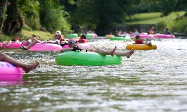 Hotels near Guadalupe River Tubing
