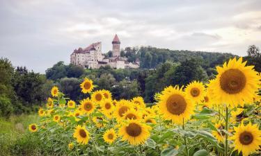 Замок Бург-Клам: отели поблизости