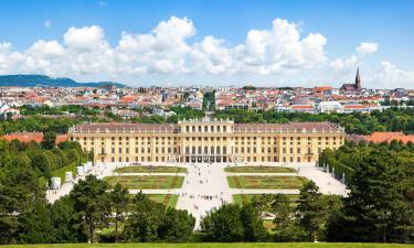 Zámok Schönbrunn – hotely v okolí