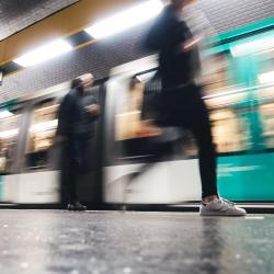 Les Sablons Metro Station