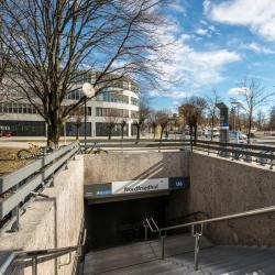 Nordfriedhof Metro Station